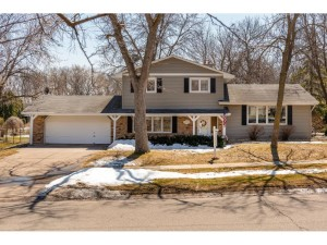 4010 Pilgrim Lane N Plymouth, Mn 55441