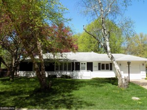 2335 Golfview Court White Bear Lake, Mn 55110