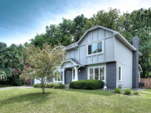 14933 Williamsburg Curve Burnsville, Mn 55306