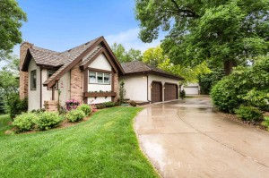 5601 Auto Club Road Bloomington, Mn 55437