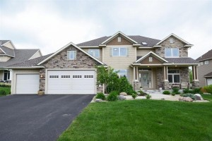 6461 Pipewood Curve Chanhassen, Mn 55331