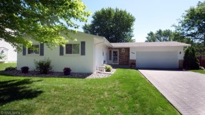 3028 Cavell Avenue N New Hope, Mn 55427