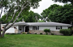 216 7th Avenue Ne Osseo, Mn 55369