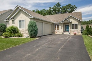 16084 Kennard Court Lakeville, Mn 55044
