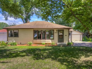 4818 Georgia Avenue N Crystal, Mn 55428