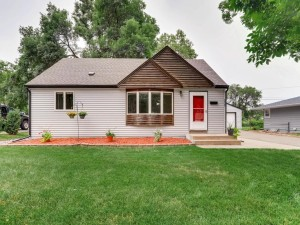 6828 51st Place N Crystal, Mn 55428