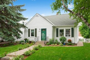 2163 Pinehurst Avenue Saint Paul, Mn 55116