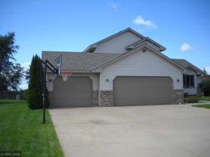 324 5th Street Nw Saint Michael, Mn 55376