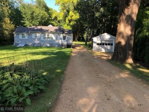5065 Saint Albans Bay Road Shorewood, Mn 55331