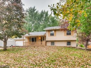 213 Highwood Drive Chaska, Mn 55318
