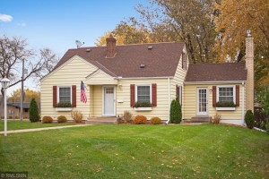 141 Oak Glen Drive Hopkins, Mn 55343