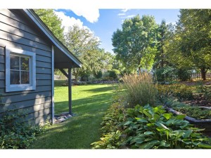 2097 Trumble Court Chaska, Mn 55318