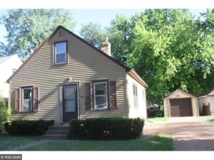 608 Price Avenue Maplewood, Mn 55117