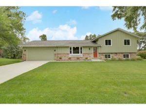 6104 132nd Way Apple Valley, Mn 55124
