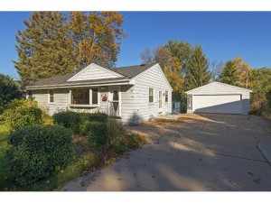 8316 31st Avenue N Crystal, Mn 55427