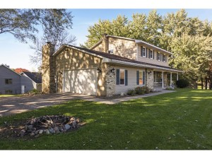 7030 Gardenia Court Apple Valley, Mn 55124