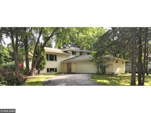 1705 Apple View Lane Burnsville, Mn 55337