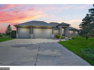 3027 Fairway Circle Chaska, Mn 55318