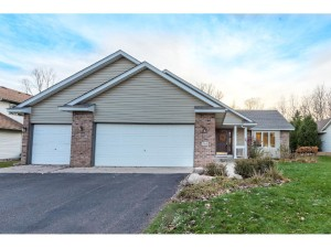 1763 Lakewood Drive N Maplewood, Mn 55109