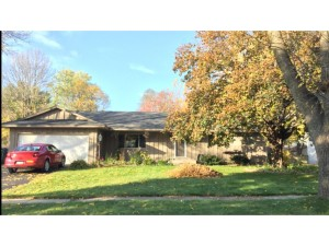 843 Haralson Drive Apple Valley, Mn 55124