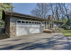 8432 W River Road Brooklyn Park, Mn 55444