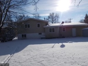 719 Hull Road Anoka, Mn 55303