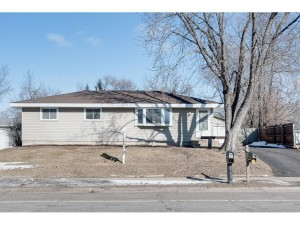 831 38th Avenue Anoka, Mn 55303