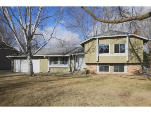 2002 E 115th Street Burnsville, Mn 55337