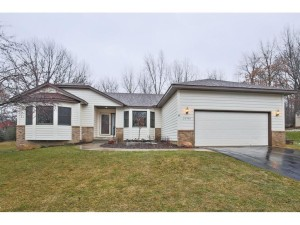 20940 Junco Trail Lakeville, Mn 55044