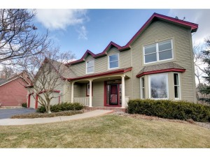 6693 Mulberry Circle E Chanhassen, Mn 55317