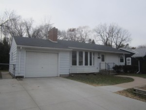 460 Ruby Drive West Saint Paul, Mn 55118