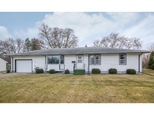 748 8th Avenue Nw New Brighton, Mn 55112
