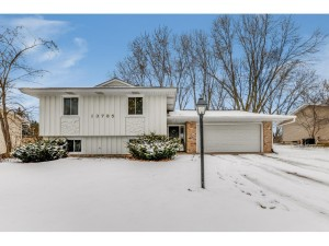 13785 Fairlawn Avenue Apple Valley, Mn 55124