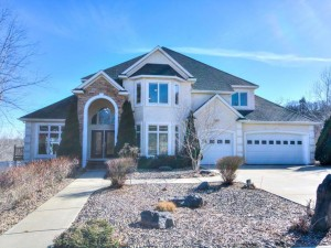 6305 Mcintyre Point Edina, Mn 55439