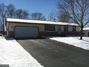 2405 Friendship Lane Burnsville, Mn 55337