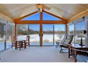 933 Cobb Road Shoreview, Mn 55126