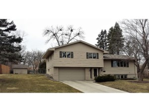 2205 Valders Avenue N Golden Valley, Mn 55427