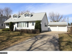 2073 Mesabi Avenue North Saint Paul, Mn 55109