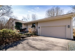 6385 Pineview Lane N Maple Grove, Mn 55369