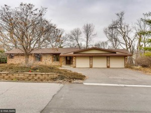 17600 Copperwood Lane Minnetonka, Mn 55391