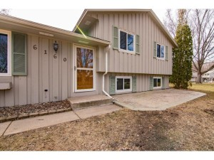 6160 Fernando Court Apple Valley, Mn 55124