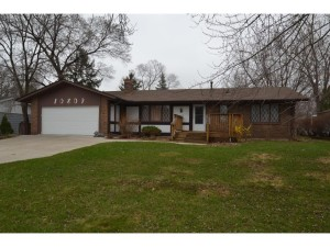 10809 Crooked Lake Boulevard Nw Coon Rapids, Mn 55433
