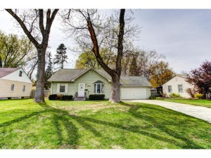 5841 Pennsylvania Avenue N Crystal, Mn 55428