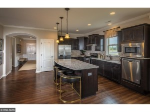 546 Sweetwater Path Chaska, Mn 55318