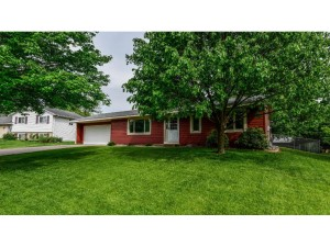 4693 Penkwe Way Eagan, Mn 55122