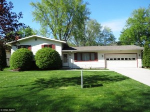 8240 Scott Avenue N Brooklyn Park, Mn 55443