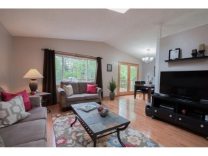 11151 100th Place N Maple Grove, Mn 55369