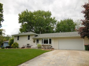 2831 114th Avenue Nw Coon Rapids, Mn 55433