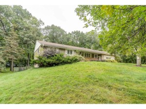 19585 Shady Hills Road Shorewood, Mn 55331