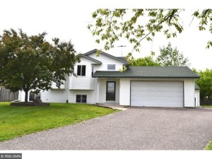7543 Brunswick Avenue N Brooklyn Park, Mn 55443